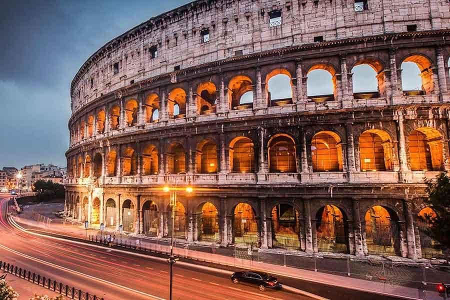 rom-das-kolosseum