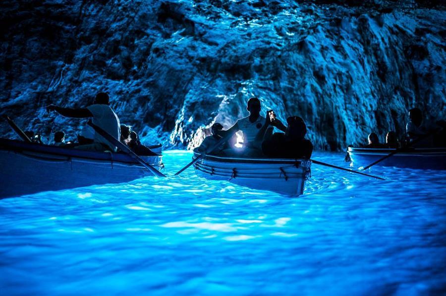 neapel-capsi-blaue-grotte